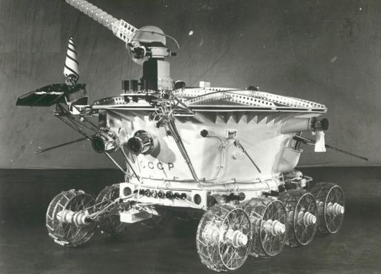 Луноход-1 ещё работает на Луне