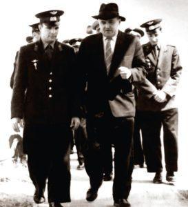 Юрий Алексеевич Гагарин — первый среди первых